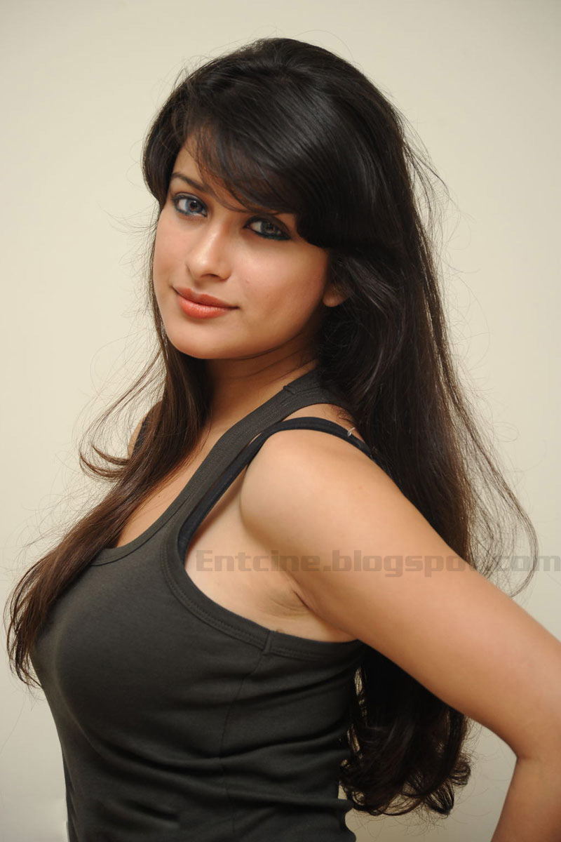 >Madhurima Hot Photo Gallery, Madhurima Hot Photo Shoot
