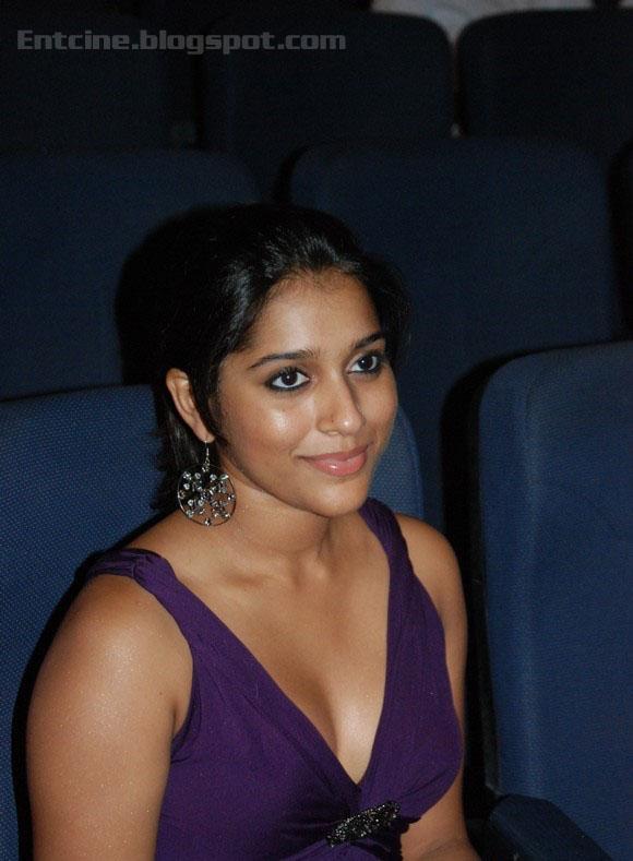 >Rashmi Gautam Hot Stills, Rashmi Gautam Hot Photo Gallery ...