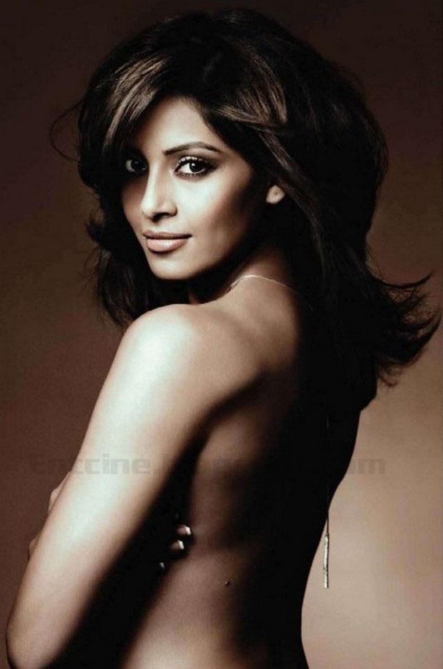 Bipash Basu Sexy Photo